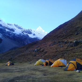 alpamayo peak - alpamayo base camp