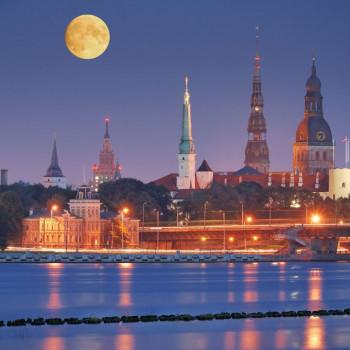 Riga night