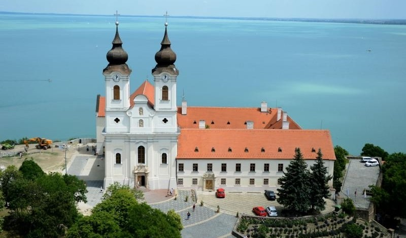New Hungary Tours